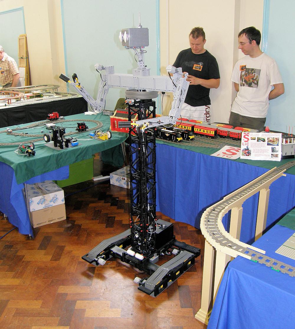 D Exhibition Uk : Vintage toy train show